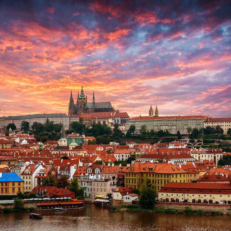Praga turismo en la ciudad de las 100 torres - Oficina de turismo praga ...